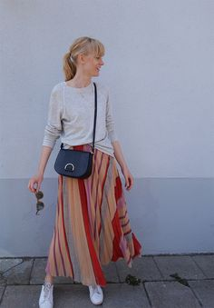 En lång blondin | Lina Andersson | Love this skirt!