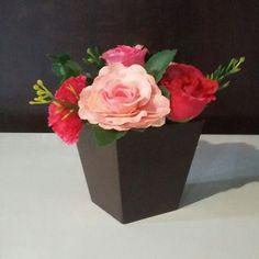Arranjinhos de mesa com flores permanentes
