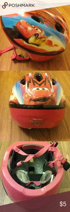 Cars Lightning McQueen Helmet Never used Disney-Pixar Cars helmet for boy or girl. A few small scratches on back. Reflectors attached to built-in straps. 48-52 cm. Disney-Pixar Accessories Hats