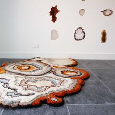 textile Works by Lizan Freijsen Archi Design, Latch Hook Rugs, Crochet Art, Tree Bark, Carpet Design, Handmade Felt, Deco, Textile Art, New Art