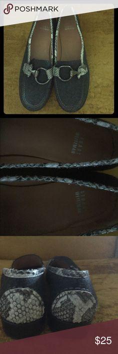 Stuart Weitzman Grey Flannel/Reptile Buckle Shoe 8 Stuart Weitzman Grey Flannel/Reptile Silver Buckle Shoe 8 M Like New Stuart Weitzman Shoes Flats & Loafers