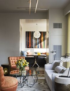 Renovation of an Upper East Side Apartment with various areas for flexible living #entertaining #homeoffice #cityliving #interiordesign All photos by Scott Frances. Featured in Casa Vogue.