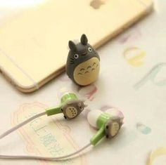 Totoro earbuds