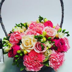 Floral Wreath, Wreaths, Facebook, Rose, Flowers, Plants, Decor, Pink, Decoration