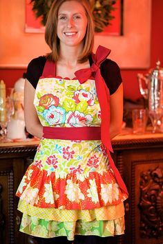 Citrus Holiday: Hostess Apron with Dreamy Bow     Love this Tutorial!