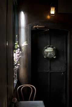 "FleaingFrance Brocante Society Another beautiful image from Nicole browndresswithwhitedots: "" Five Leaves Cafe Restaurant, Restaurant Design, Restaurant Ideas, Mid-century Modern, Dark Interiors, Beautiful Interiors, Light And Shadow, Wabi Sabi, Interiores Design"