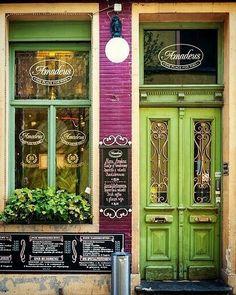 @kiandrapollock's favourite #door #amadeus #restaurant #ghent #belgium #sopretty #want #greendoor #doorgeek #love #travel #walkingtour #doorporn by bozzybutterfly