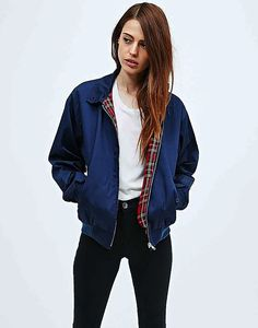Bomber jacket are my favourite summer coat for when you're wearing a crop top or bralette! The contrast between tight and baggy looks so grungy I love it! - - This and more in store. - - #bomber #bomberjacket #jacket #coat #fashion #crop #croptop #fashion #summer #summerfashion #bralette #fashionblog #fashionblogger #grunge #grungefashion #hipster #retro #vintage #retrofashion #vintagefashion
