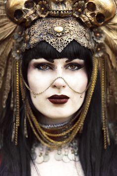 18 Laura Sheridan's Art (Sheridans Art) - Kika Macabre - makeup by model - headpiece Hysteria Machine