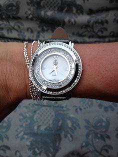 Gorgeous watch!! Premier Designs Jewelry  mcavazos.mypremierdesigns.com
