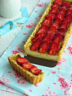 Rhubarb & strawberry tart