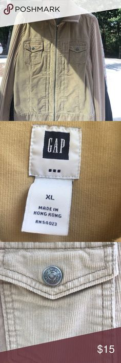 Gap Jacket -- Adorable in person! The cutest Gap Jacket -- perfect for fall and football and campfires! GAP Jackets & Coats