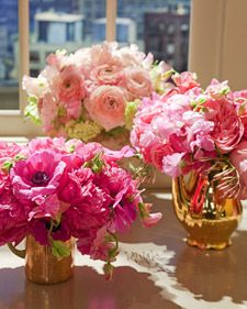 Pink flowers can make for a very feminine, sweet arrangement, but they can also achieve a more modern, sophisticated look when paired with a copper or grey vase. In addition, the specific shade of pink can drastically alter the tone of the arrangement.