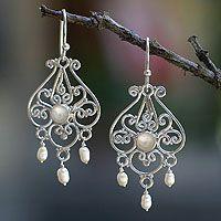 Pearl Dangle Earrings- Love these so graceful!