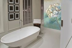 Add a contemporary twist to your floral wallpapers by choosing a floral wallpaper mural, creating a unique gallery look right in your own home! Bathtub, Flooring, Contemporary, Interior Design, Architecture, Luxury, Wallpaper, Gallery, Simple
