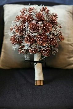 Beautiful pinecone bouquet with baby's breath