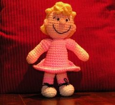 Sally Brown - the CROCHET PATTERN in PDF format.    This pattern is easy but requires basic crochet knowledge.  It has 4 pages and contains
