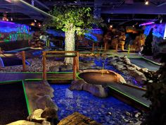 If you're looking for a fun theme park vacation for much less than Disneyland, consider visiting Silverwood theme & water park in Couer d'Alene Idaho for a family friendly destination. Indoor Miniature Golf, Indoor Mini Golf, Outdoor Activities, Fun Activities, Blacklight Mini Golf, Coeur D'alene Idaho, Crazy Golf, Wave Pool, Jacuzzi Outdoor