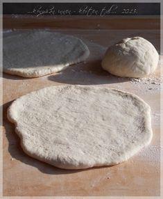 ...konyhán innen - kerten túl...: Pita Bread, Food, Brot, Essen, Baking, Meals, Breads, Buns, Yemek