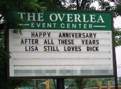 aahhh... so sweet, Lisa still loves Dick.
