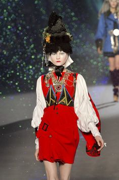 Russian Culture Inspired to Fashion. John Galliano Fall 2009 Collection. So beautiful, I totally love these designs.