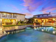 #Elegant #Home - ༺༺  ❤ ℭƘ ༻༻  #Luxury #LuxuryHome  IrvineHomeBlog.com   beautiful ❤  design