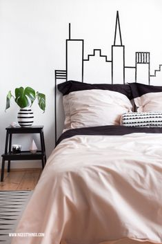 DIY: New York City Skyline Bedhead Headboard Bedroom / Ferm Living Kähler Auping Bloomingville Ikea #AupingDE