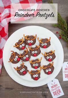 A cute and delicious treat to make with the kids this holiday season, these chocolate covered reindeer pretzels can be put together in no time at all!