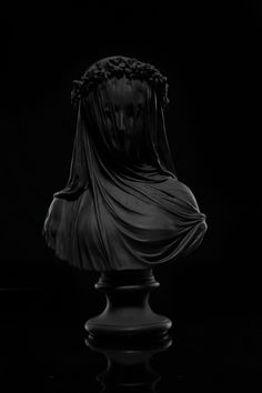 Atlas Veil Statue – THE BLACK ATLAS