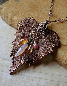 Sylvan Leaves Necklace by Sihaya Copper Jewelry, Wire Jewelry, Pendant Jewelry, Jewelry Crafts, Jewelry Art, Beaded Jewelry, Handmade Jewelry, Boot Jewelry, Fall Jewelry