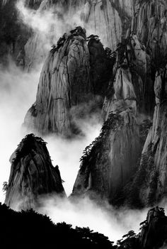 """Huang Shan, Series IIII"" I always believed that Chinese master landscape painters had creative imaginations until I visited Huang Shan and discovered that their paintings were quite faithful to reality. Huang Shan, which means Yellow Mountain and is loc Landscape Photos, Landscape Photography, Art Photography, Artistic Photography, Night Photography, Sumi E Painting, Chinese Painting, Art Wolfe, Black And White Landscape"