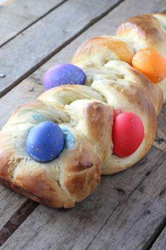 Italian Easter Bread - FoodBabbles.com
