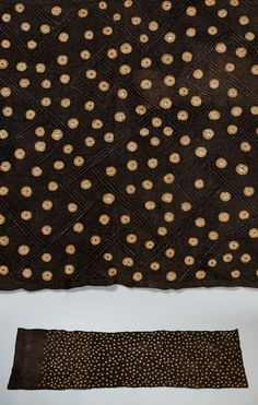 Africa | Textile from the Kuba people of DR Congo | Raffia and pigment. L: 165,2 cm and H: 44.4 cms