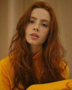"""gewelmaker: """" Melissa Fernandes """" Discover tons of gorgeous redhead on Bonjour-la-Rousse Fotografie Portraits, Beautiful Red Hair, Gorgeous Redhead, Female Character Inspiration, Girls With Red Hair, Ginger Girls, Hair Reference, Redhead Girl, Grunge Hair"""