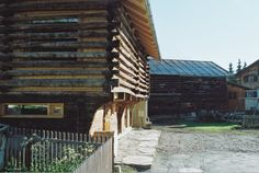 Umnutzung Stallscheune in Wohnbaute Construction, Architecture, Cabin, House Styles, Home Decor, Barn, Building, Arquitetura, Decoration Home