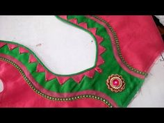 very simple and easy blouse back neck design cutting and stitching tips 2018 - YhhouTube Patch Work Blouse Designs, Simple Blouse Designs, Stylish Blouse Design, Sari Blouse Designs, Designer Blouse Patterns, Chudidhar Neck Designs, Neck Designs For Suits, Blouse Neck Designs, Sleeve Designs
