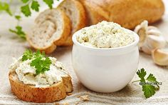Fresh Cream Cheese Bread Stock Photo (Edit Now) 102958301 Spaghetti Bolognese, Queijo Low Carb, Pizza Und Pasta, Cream Cheese Bread, Fresh Cream, Bruschetta, Feta, Entrees, Appetizers