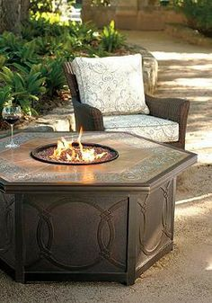 Give your summer nights outside a warm glow with the beautiful and functional Verona Custom Gas Fire Table that everyone will want to gather around.