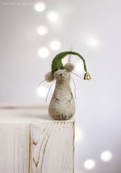 Needle Felted Mouse  Christmas Felt Mouse With A Green Hat