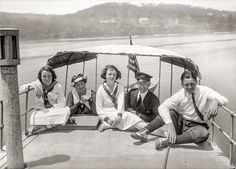 Shorpy Historic Picture Archive :: Family Outing: 1921 high-resolution photo