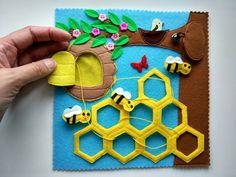 Filzstoff - Her Crochet, My Busy Books, Diy Quiet Books, Baby Quiet Book, Felt Quiet Books, Quiet Book Templates, Quiet Book Patterns, Felt Crafts, Diy And Crafts, Crafts For Kids