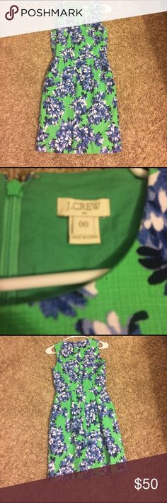 Jcrew floral green dress J.crew floral green dress with blue and white flowers. Great condition, almost perfect. No stains. Has pockets. Make an offer. No trades J. Crew Dresses Mini