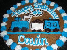 Trains Cookie cake. Totally doing this for Luke's birthday because he doesn't really like cake but he LOVES cookies and icing.