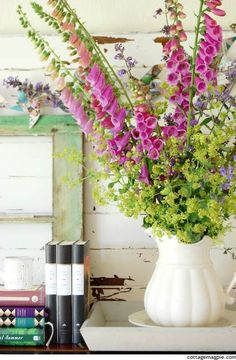 Early Summer Piano Mantel Summer Flowers for a Summer Mantel. via Cottage Magpie. The post Early Summer Piano Mantel appeared first on Ideas Flowers. Summer Flowers, Love Flowers, Fresh Flowers, Beautiful Flowers, Wedding Flowers, Beautiful Flower Arrangements, Floral Arrangements, Fresco, Vases