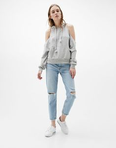 Hooded sweatshirt off shoulder - Sweats - Bershka Spain