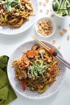 Mix up your pasta routine with a quick and easy spicy peanut spaghetti stir-fry with ginger picked cucumber. Plus, you'll save time with Barilla Pronto – no boiling or draining required! Via @foxeslovelemons