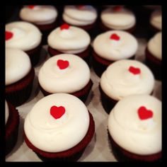 Georgetown Cupcake #RedVelvet cupcakes! Pretty sure I'm going to stuff my face after competition. These will definitely be ordered