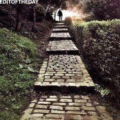 •• EDITOFTHEDAY •• DAY: 23 Apr 2012 WINNER: @nazaret