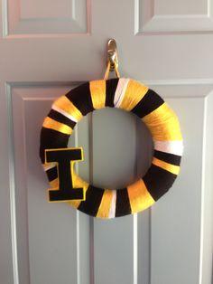 Iowa Hawkeyes Yarn Wreath, but with iowa state colors