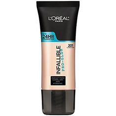 L'Oréal Paris Infallible Pro-Glow Foundation Creamier and dewier than its Infallible Matte sister, this wallet-friendly base is a huge favorite among people with dry skin. Beste Foundation, Foundation With Spf, Long Lasting Foundation, Natural Foundation, Drugstore Foundation, No Foundation Makeup, Infallible Pro Matte, L'oréal Paris Infaillible, Maybelline